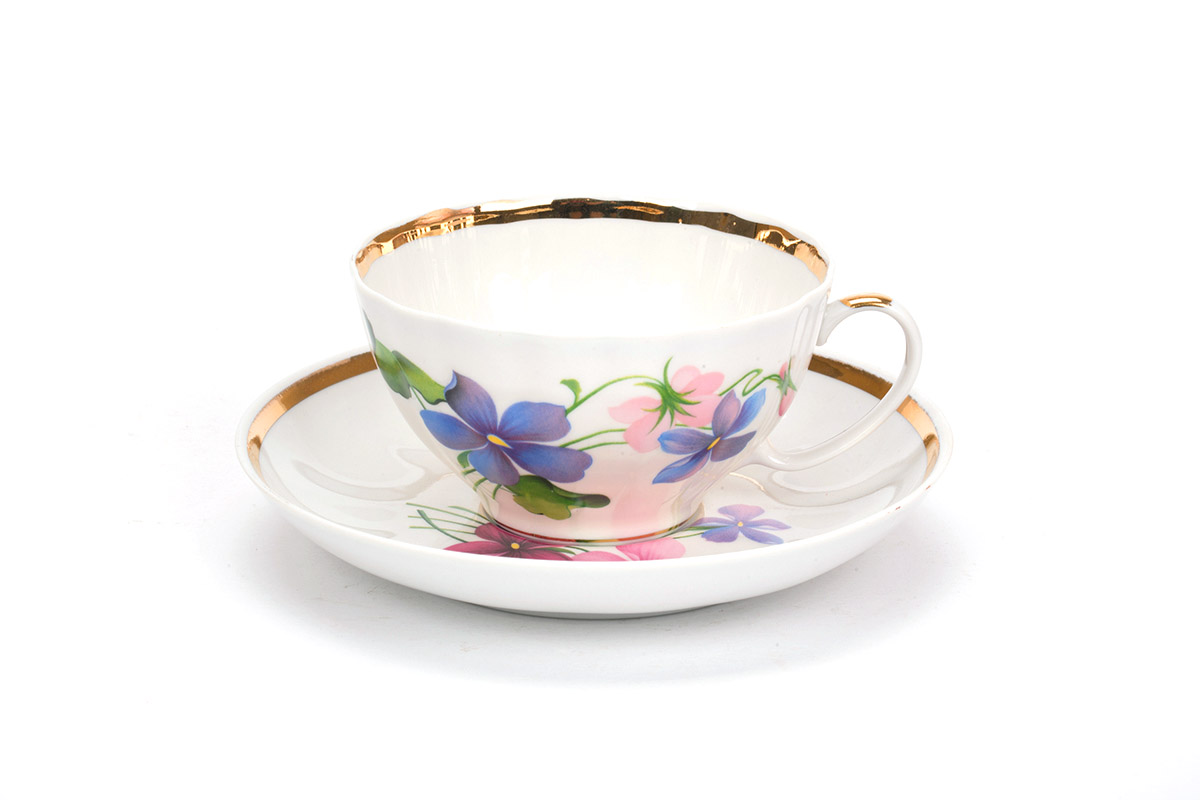 Фото Чашка чайная с блюдцем 230 мл Белый лебедь Фиалки