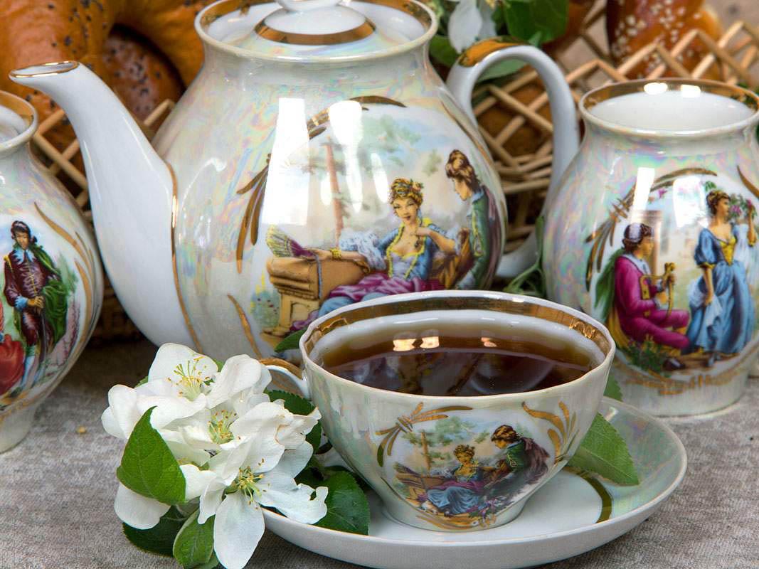Фото Сервиз чайный Дулево Белый лебедь Прогулка в усадьбе Перламутровый, 15 предметов