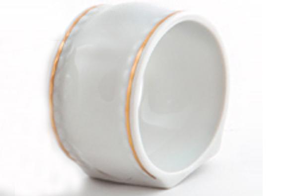 Фото Кольцо для салфеток Форма Соната Золотой контур