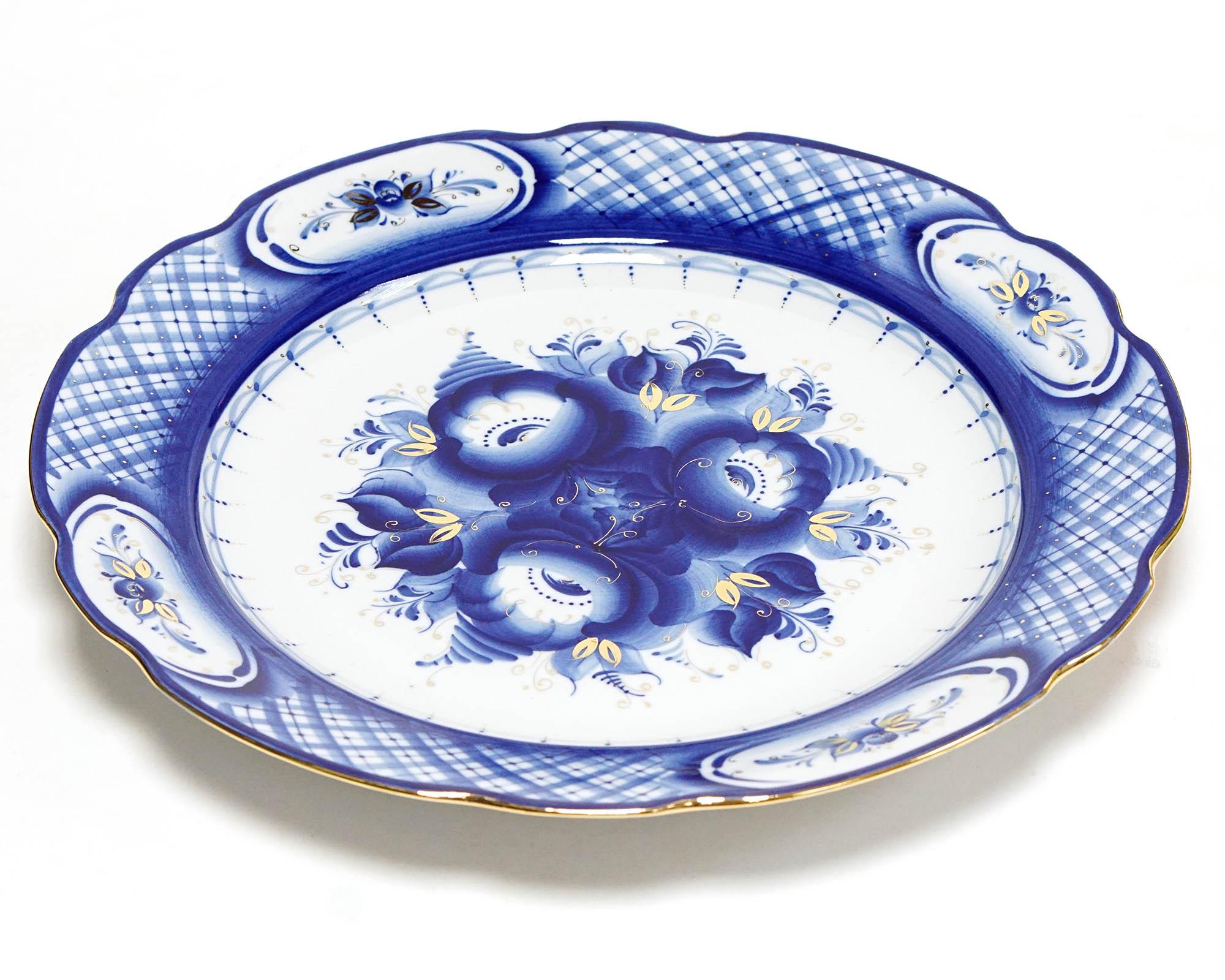 Фото Блюдо круглое 350 мм Вырезной край Гжель Цветы Золото