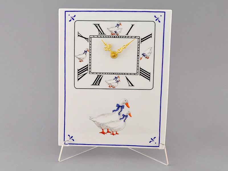 Фото Часы кухонные 25 см Форма Мэри-Энн Чешские гуси