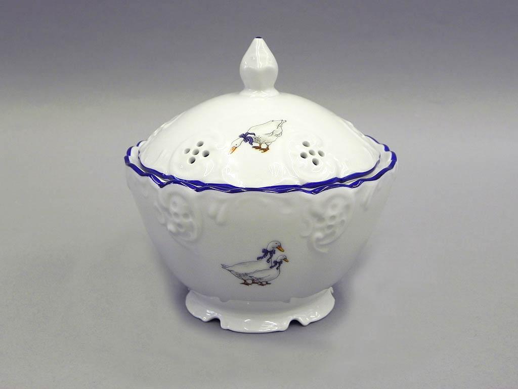 Фото Шкатулка круглая с крышкой 12,5 см Форма Мэри-Энн Чешские гуси