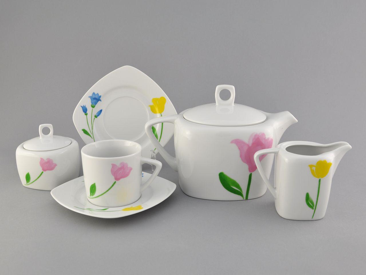 Фото Сервиз чайный 15 предметов на 6 персон Форма Бьянка Тюльпан